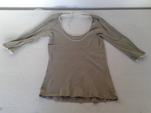 remera negra manga 3/4 de algodon talle m