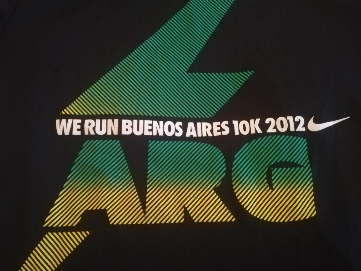 Remera Nike Running Talle L