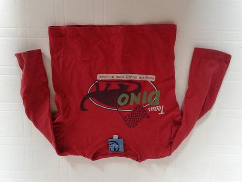 remera roja manga larga talle 3