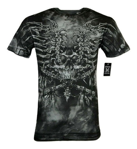 remera xtreme couture iron bones