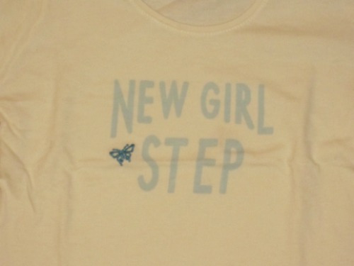 remera  zara  t:6/7 años amarillita manga larga  new girl