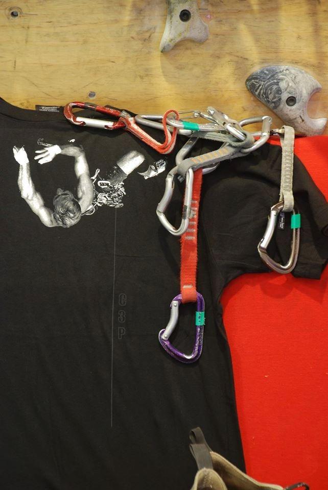 ddc4d6207a301 remeras de algodón de montaña con diseños muy originales. Cargando zoom.