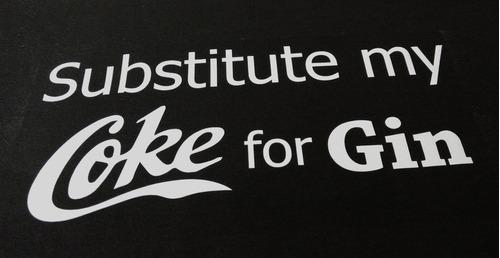 remeras estampadas personalizadas logos frases en vinilo