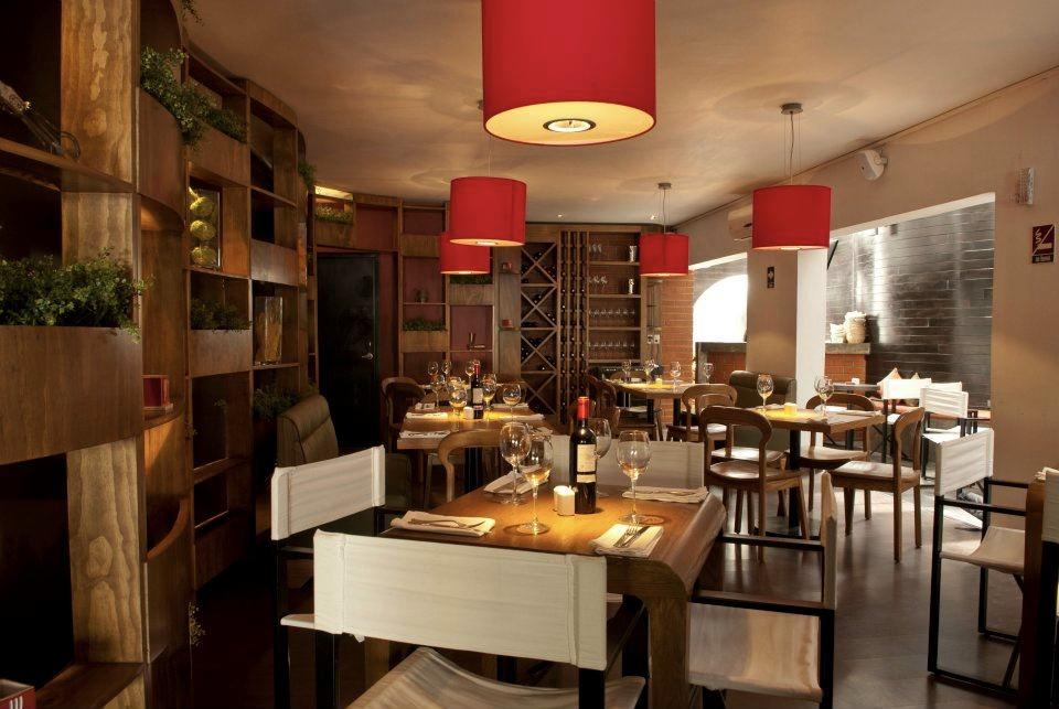 Remodelaciones para restaurantes adecuaciones dise o for Tiendas de muebles para restaurantes
