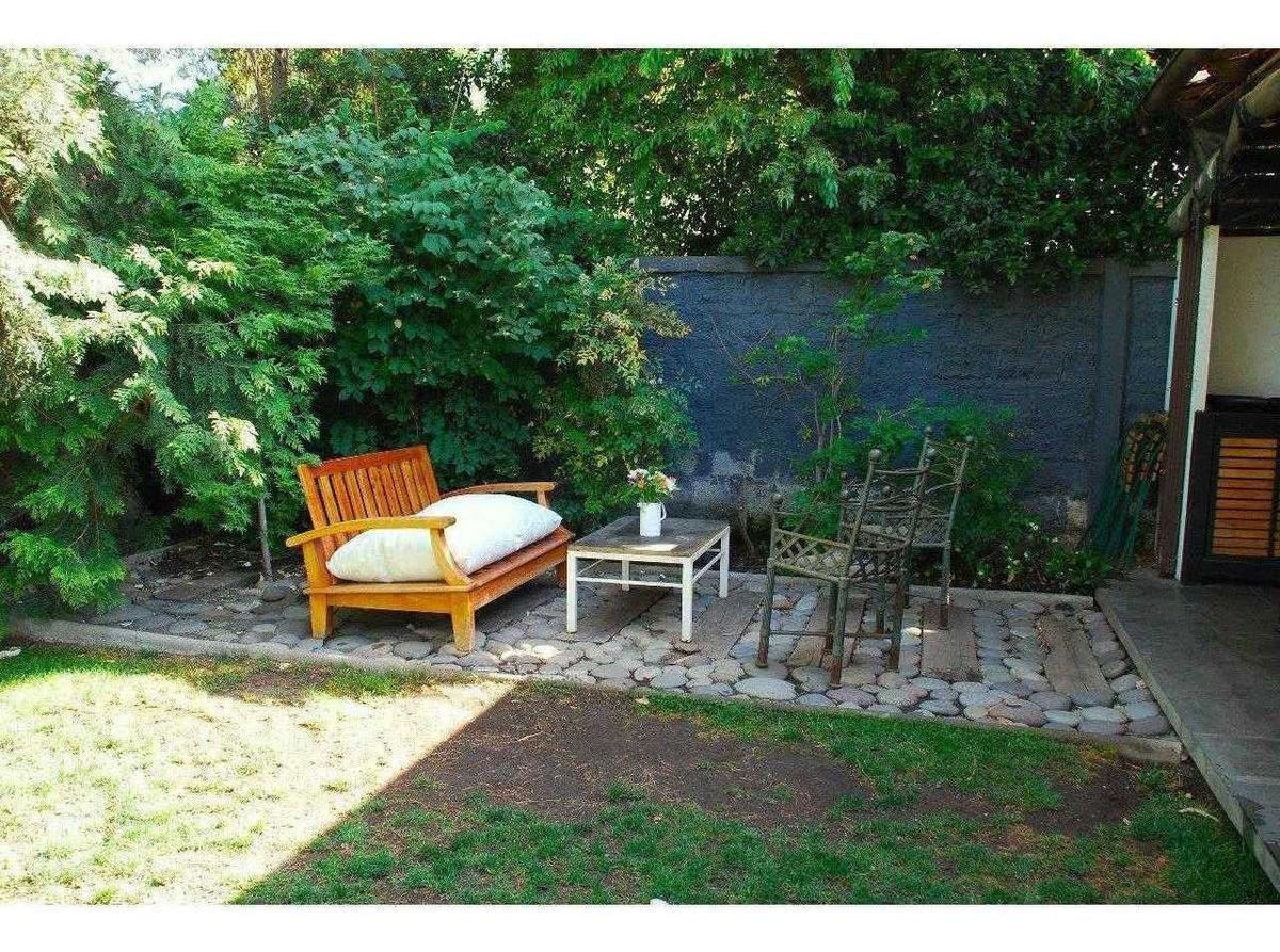 remodelada- piscina- jardín - quincho- las hualtatas-