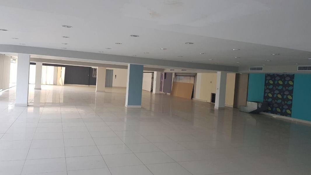 remodelado edificio en venta en via españa panamá cv