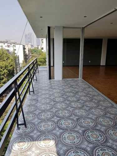 remodelado en super ubicación (con terraza)