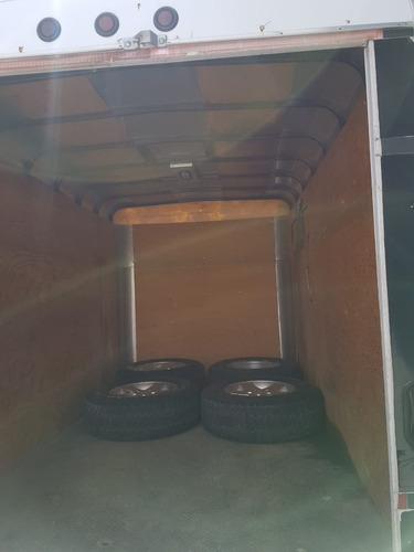 remolque  2008 caja seca