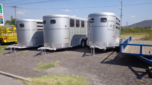 remolque caballos, 2 caballos, 2 ejes, equipado, sillero y +