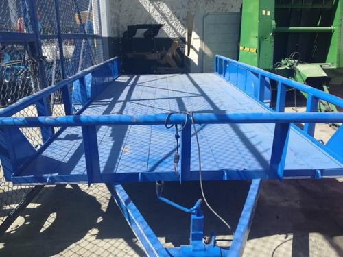 remolque cama baja marca triana 6 toneladas piso metal