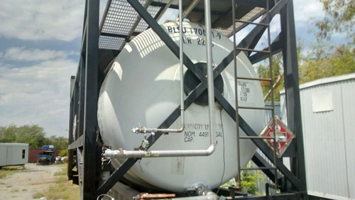 remolque con isotanque de 18,000 litros de acero inoxidable