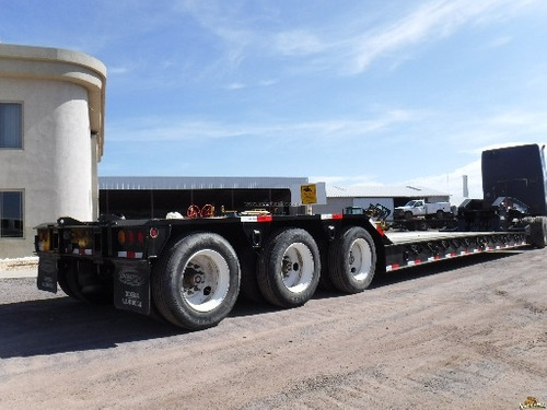 remolque para maquinaria pesada lowboy 55 ton.