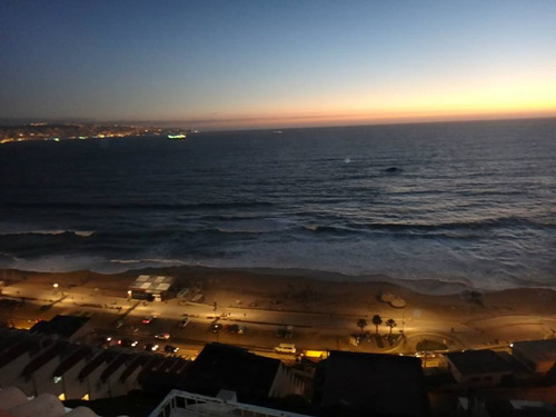 reñaca, disfrute sus vacaciones frente al mar