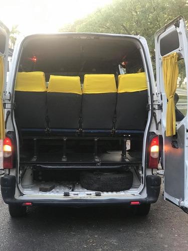 renaul master minibus 2.5 luxe 2012