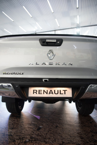 renault alaskan iconic 4x4 automatica  / manual