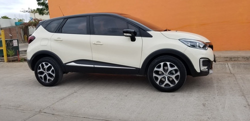 renault captur 2.0 iconic at 2020