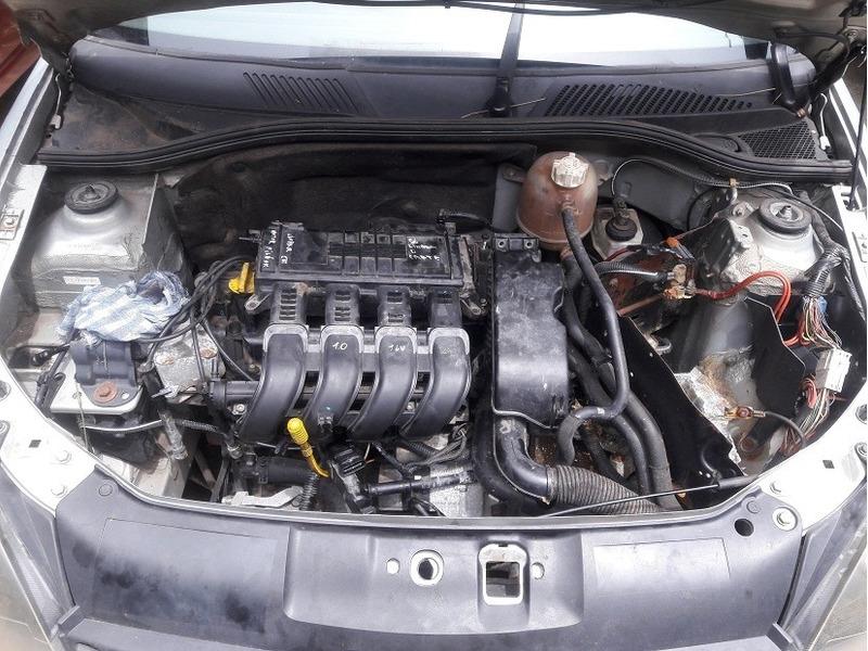 renault clio 1.0 16v aut 10 2004 - sucata para retirar peças
