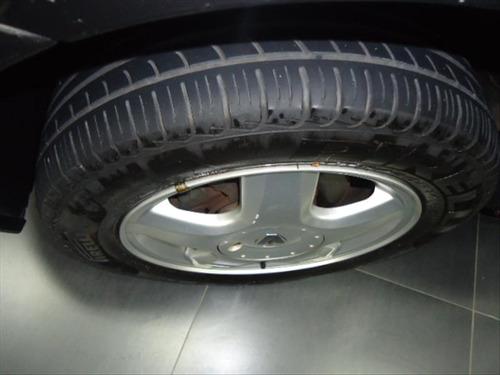 renault clio 1.0 privilége sedan 16v