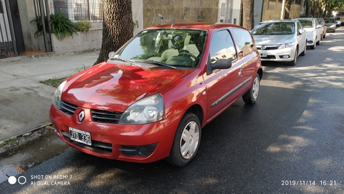 renault clio 1.2 authentique pack i 75cv 2011