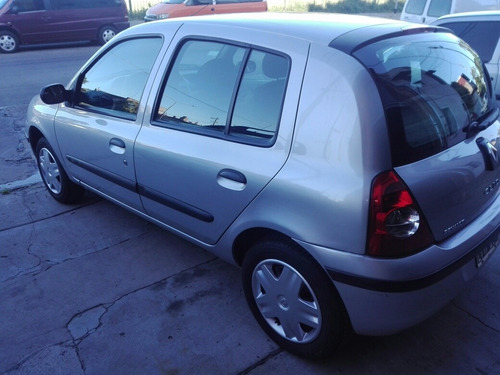 renault clio 1.2 authentique pack i 75cv 2012