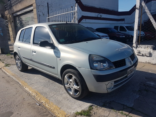 renault clio 1.5 authent. 5 pts,aa y direccion  2004 permuto