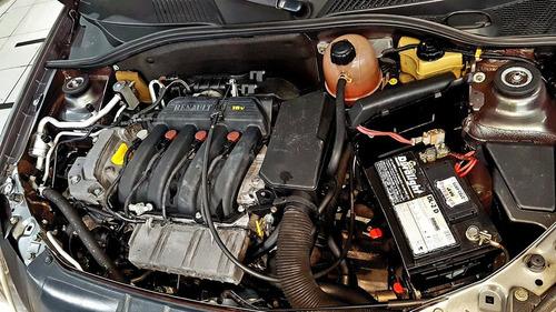 renault clio 1.6 privilége sedan 16v 2005