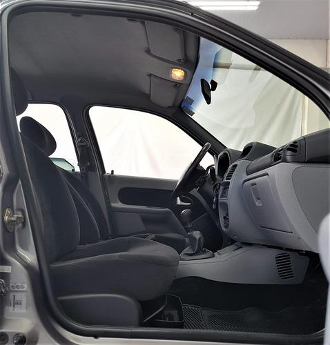 renault clio 1.6 privilége sedan 16v flex 4p manual