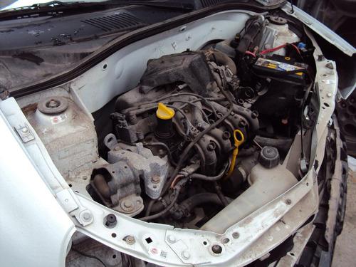 renault clio hatch 1.0 2004 flex sucata para venda de peças