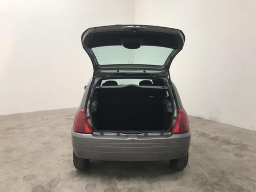 renault clio  hatch. rn 1.6 16v gasolina manual