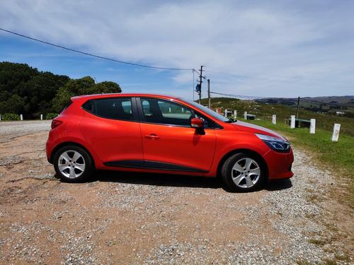 renault clio motor 1.2  2015 rojo 5 puertas full  !!!