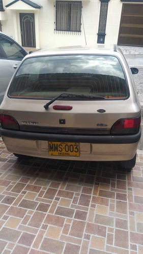 renault clio rt modelo 2001- 4 puertas- 1.400 cc
