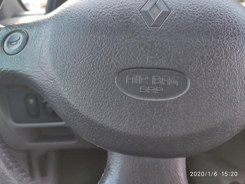 renault clio sedan 1.0 16v privilège 4p 2005