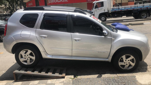 renault duster 2.0 d 4x2 a completa 2015.