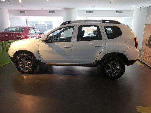 renault duster autos