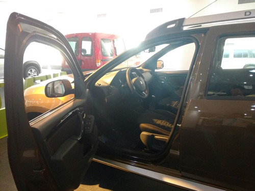 renault duster autos