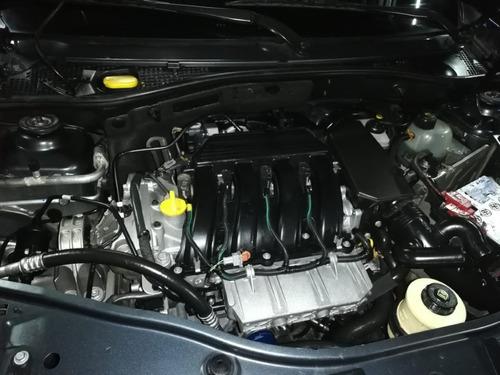 renault duster dynamique at 2000cc 4x2