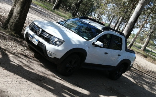 renault duster oroch 1.6 black edition