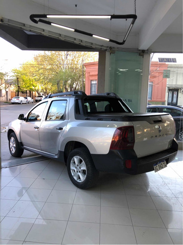 renault duster oroch 2.0 dynamique 2017