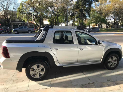 renault duster oroch 2.0 outsider plus 2017 unica 1.900km!!!