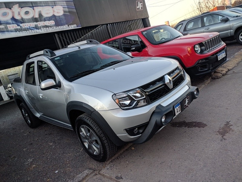 renault duster oroch 2.0 outsider plus 4x4 654 km
