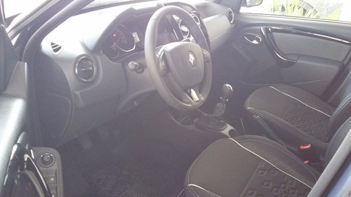 renault duster oroch 2.0 outsider plus  dhg
