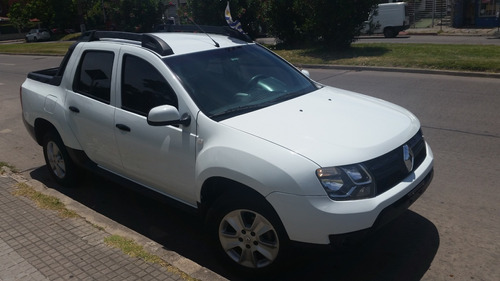 renault duster oroch dynamique1.6cc¡¡ año 2017¡¡ impecable¡¡