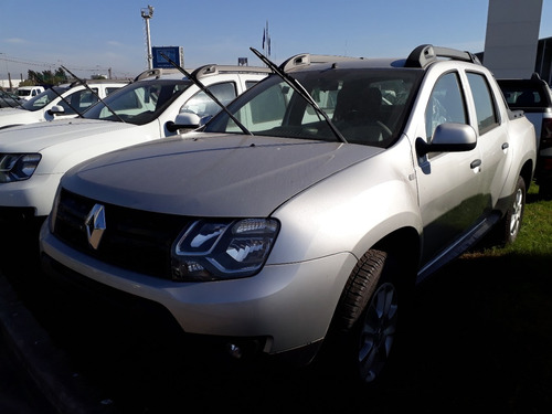 renault duster oroch one