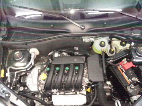 renault kangoo 1.6 furgon ph3 confort 2015 buen estado (ig)