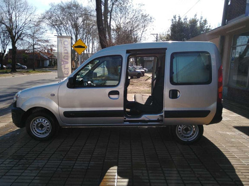 renault kangoo 5 asientos doble porton  automotoresclaudio
