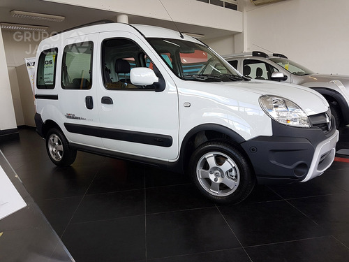 renault kangoo authentique 5p 0km anticipo burdeos cuotas 15
