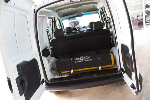 renault kangoo confort 5 asientos gnc 2016 blanco