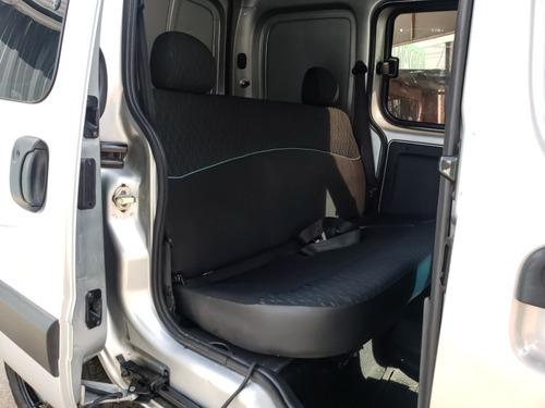renault kangoo furgon 5as  2015 con gnc