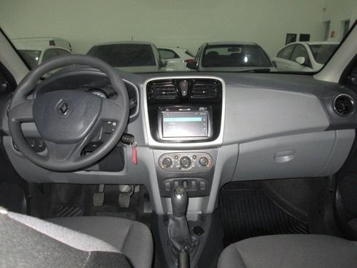 renault logan 1.6 expression media nav unico dono