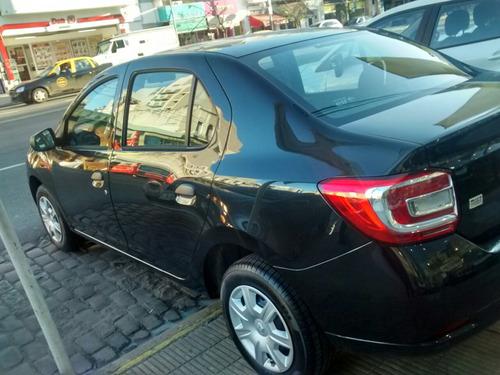 renault logan authentique 1.6 8 v (gl) negro ideal para taxi